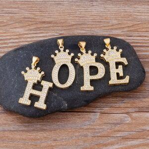 Pakabukas grandinėlė su abėcėlės raide ir karūna pavyzdys HOPE