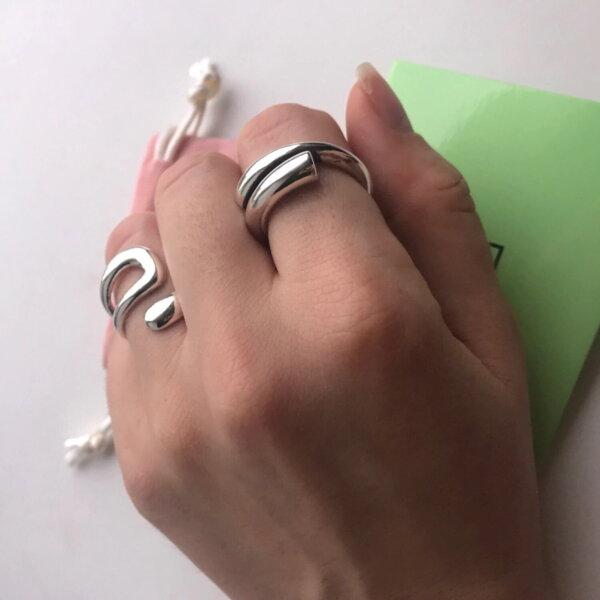 Sidabrinis minimalistinis unikalios formos žiedas-7