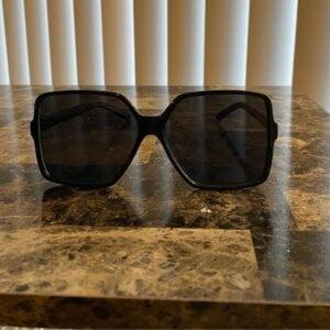 Dideli kvadratiniai akiniai nuo saulės-5