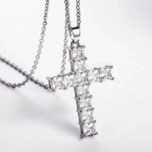 Pakabukas grandinėlė Kryžiukas-sidabrine